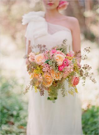 Pale-Orange-Pink-Early-Fall-Bouquet.jpg