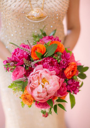 Top-25-Wedding-Bouquets-hot-Pink-and-ora
