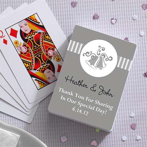 personalized-deck-of-cards-wedding-favor