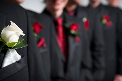 grooms-groomsmen-suits.png