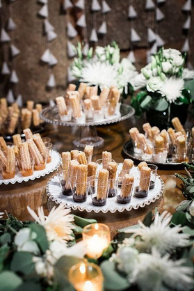 rustic-wedding-dessert-table-ideas.jpg