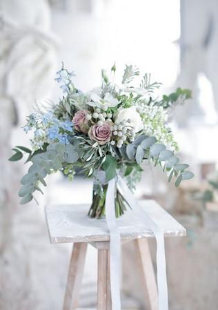 soft-pastel-wedding-bouquet-with-mauve-r