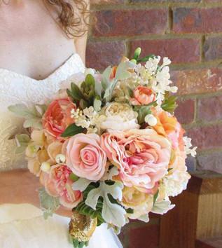 pink-peach-ivory-wedding-bouquet-with-su