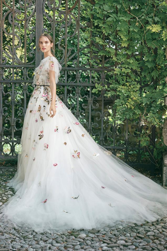 monique_lhuillier_floral_wedding_dress-1