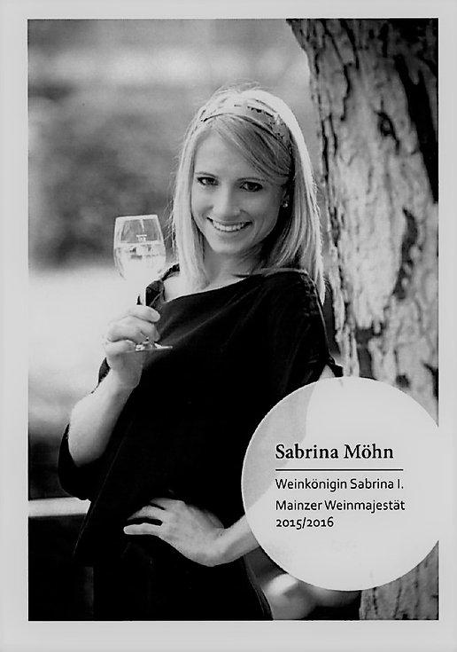 Sabrina_I_Weinkönigin_II.jpg