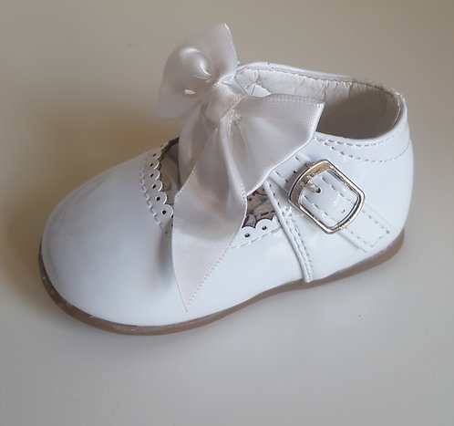 White Hard Sole Bow Shoes