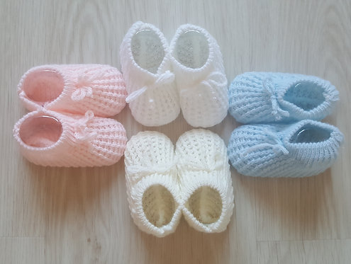 Knitted Bow Booties