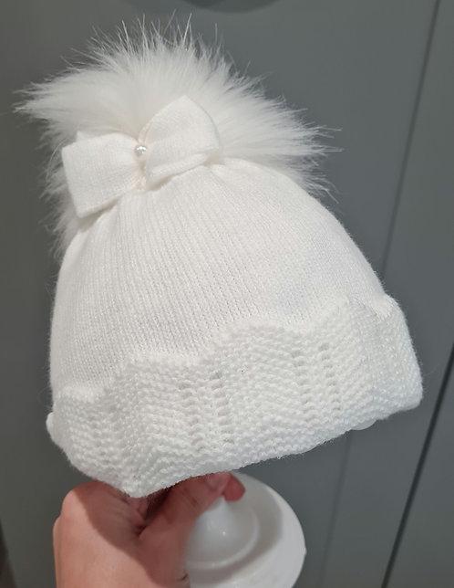 White Bow Fluffy Pom Pom Hat