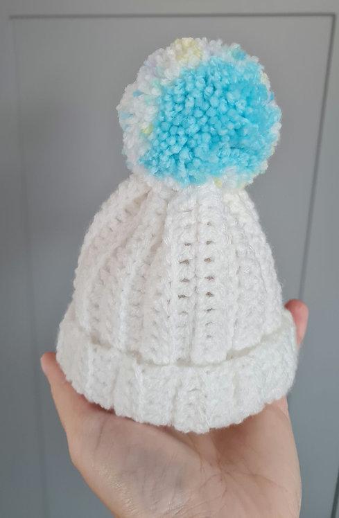 Handmade White Unisex Pom Pom Hat