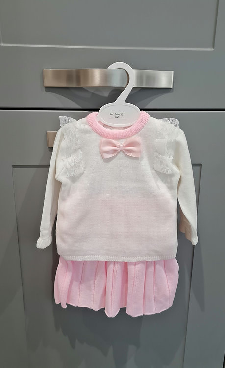 Cream Lace Jumper & Pink Pleated Knitted Skirt Set
