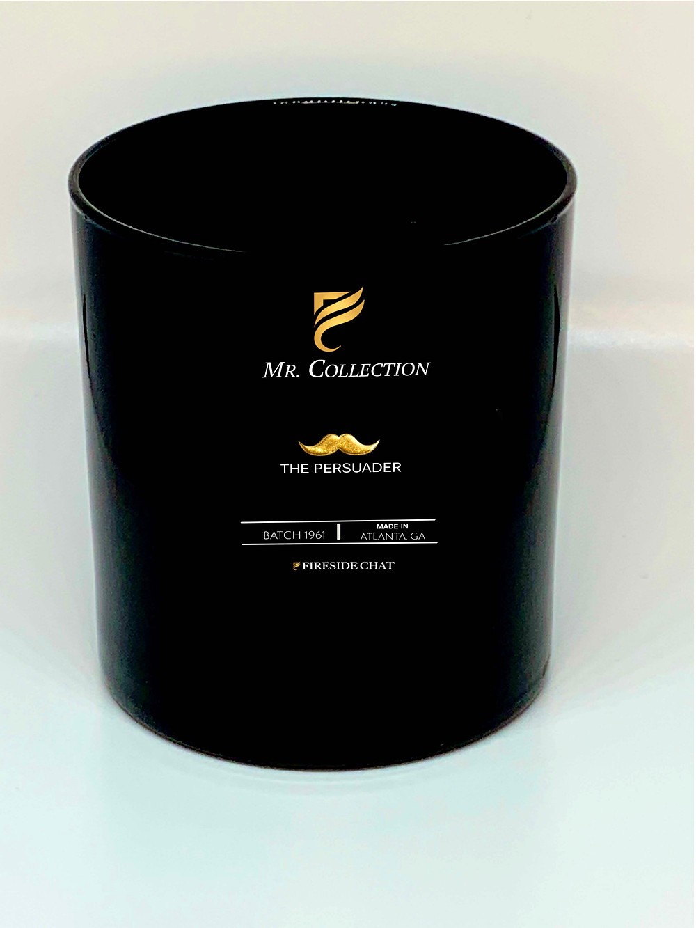 A charasmatic seductive fragrance with notes of Sandalwood, Leather, and Vetiver.