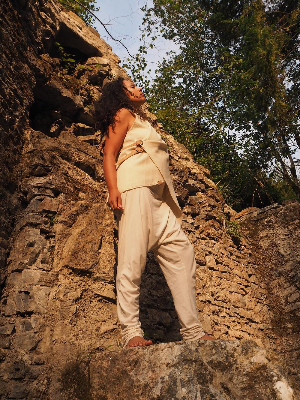 handmade wool designer vest, cork fabric, ehtic fashion, sustainable fashion, moda sostenible, lana artesana, corcho, yoga wear, ecoglam, ecofashion, bindu spiritual fashion, #fashionbindu