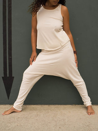 Soft and very light designer yoga harem pants in organic cotton.Color blanco natural. sustainable, ethic fashion