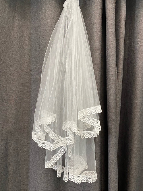 ERB5041 -2 Tier Lace Edge Veil
