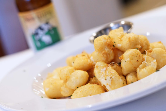 Cheese Curds (1).jpg