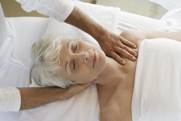 Lymphatic-Drainage-Massage-768x512.jpg