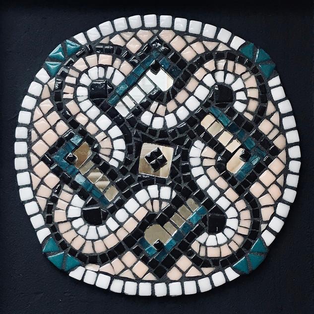 Perri Mason, Celtic Knot, Mosacis Basics with Dottie Stone