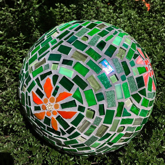 Andrea Wild-Gingeleski, Garden for Brown Thumbs, Mosaics Open Studio with Dotti Stone