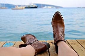 2-Bild Schuhe Wasser.jpg