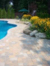backyard_pic_012_op_450x600.jpg