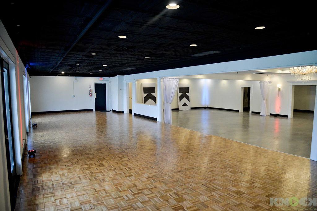 LArge dance floor at Cheshire Bridge RD