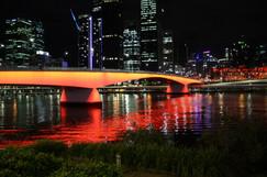 Victoria Bridge, Brisbane #1.JPG