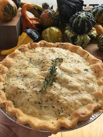 black-eyed-suzies-upstate-pot-pie-herb-c