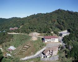 皇学園全景