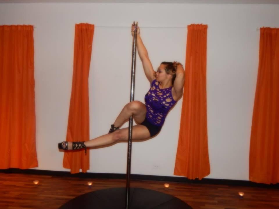 *Deal* 4 Int Pole Dance Classes