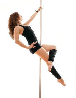 Single Beginner Pole Dance