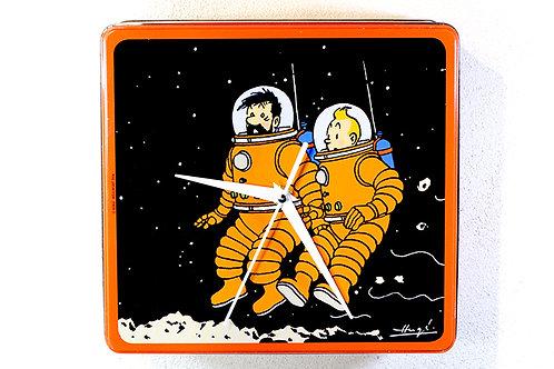"Horloge ""Tintin et Capitaine Haddock sur la lune"""