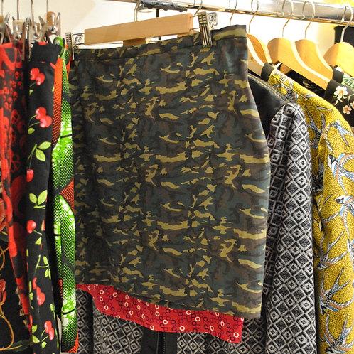 Mini jupe droite camouflage