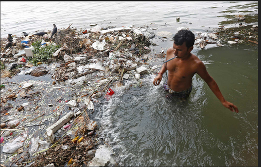 Pollution in the Ganges (3)