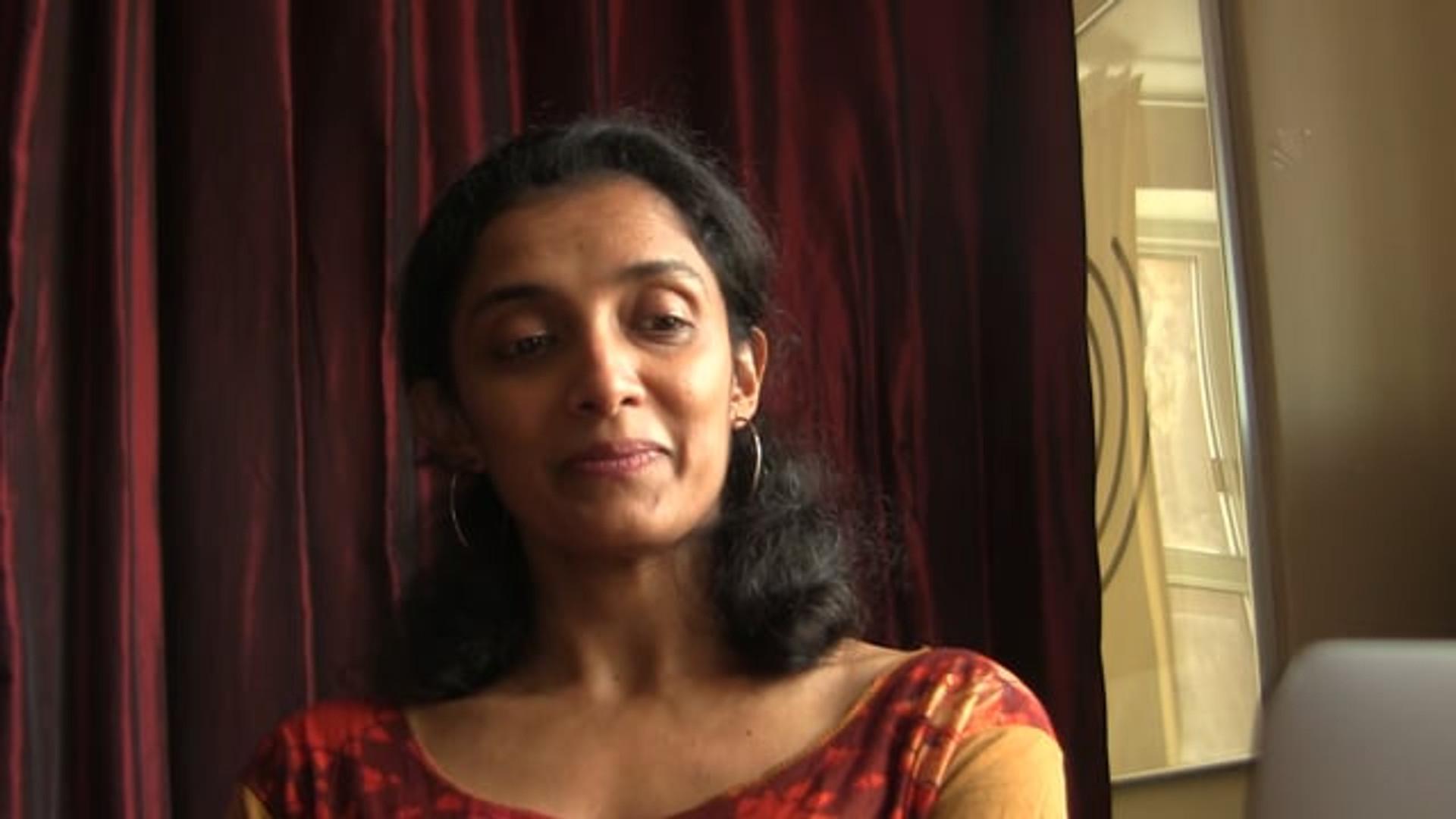 How do we show love (SHRINGAARAM) in Indian dance?