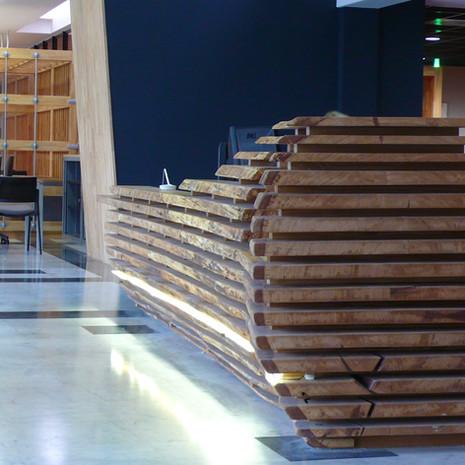 Hall CCI - détail bois.
