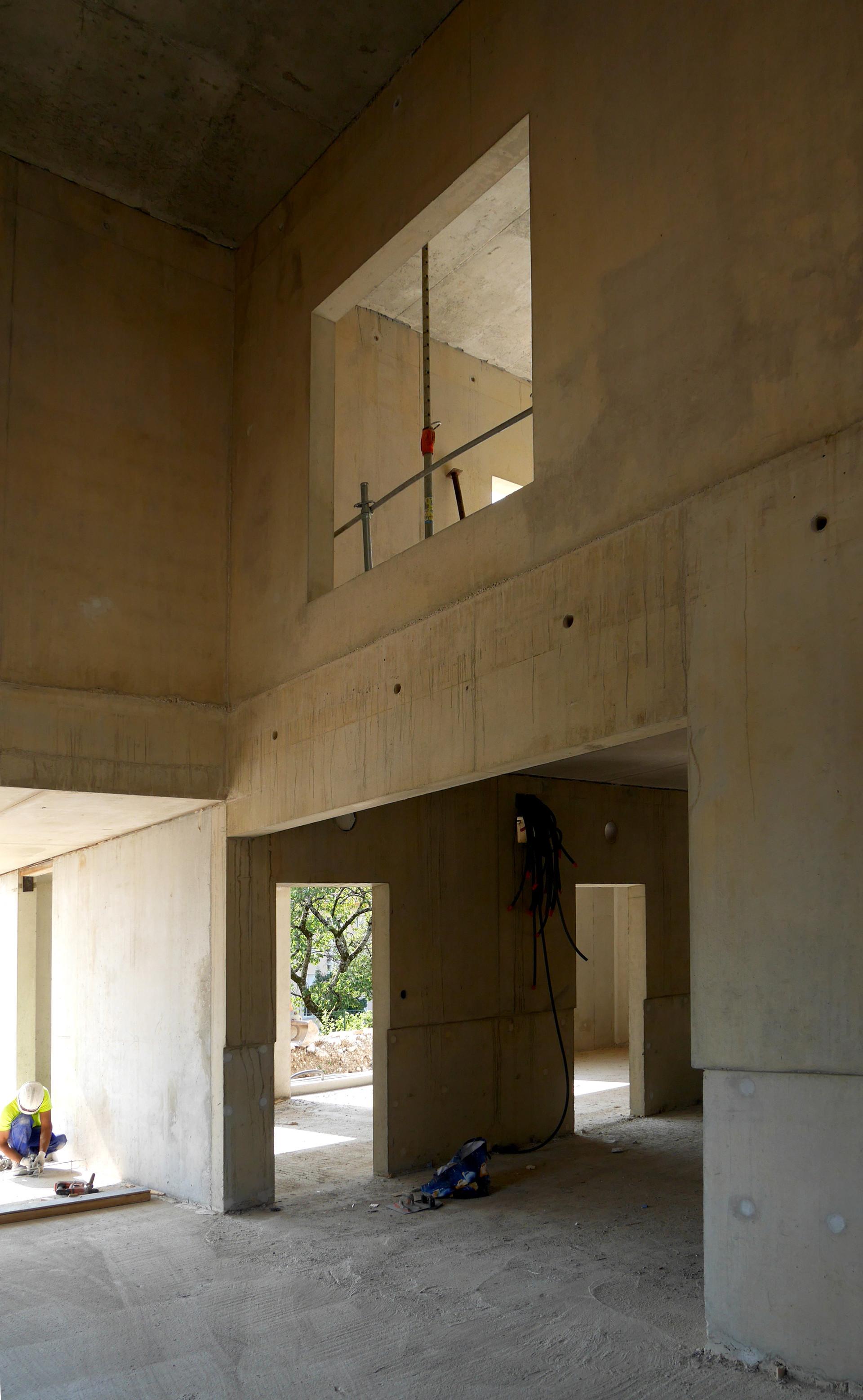 COL-200730-10-Hall.jpg