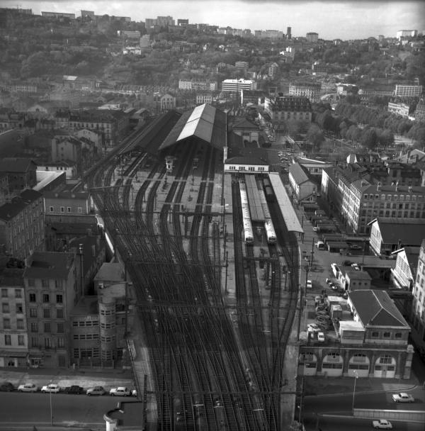 1945-1970.jpg