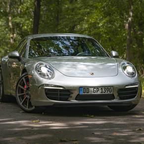 2012.5 Porsche 911 Carrera S