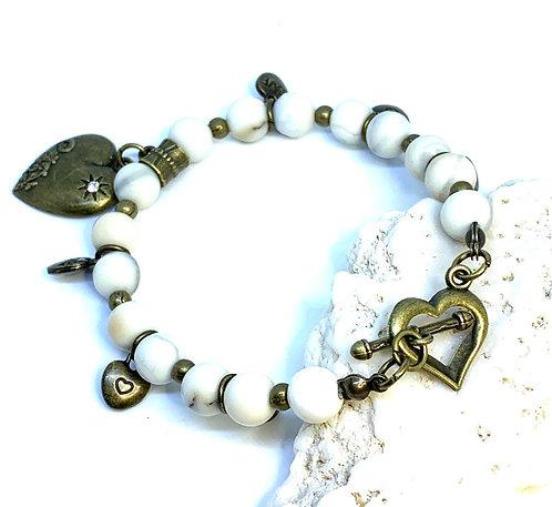 """Howlilte """"Heart"""" Bracelet"""