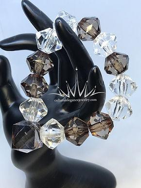 Diamond Shaped Acrylic Bracelet