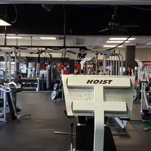 Beast Gym Squat Machines.jpg