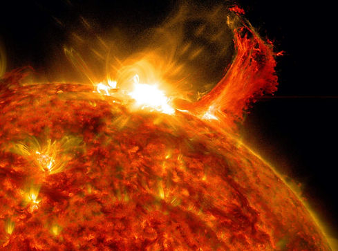 solar-flare-nasa.jpg