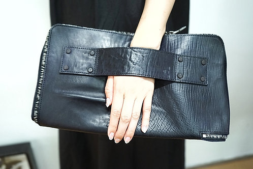 *最終ロット atelier exclusive item  / ONEPIECE CLUTCH BAG /