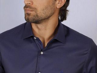 CLÁSSICO REVISITADO: Azul marinho é destaque nas criações Angelo Bertoni