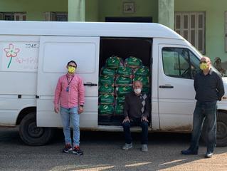 Tintas Killing doa meia tonelada de alimento à entidade Amparo Santa Cruz