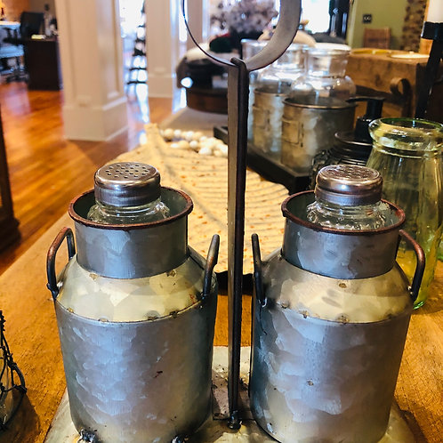 Metal Salt & Pepper Caddy