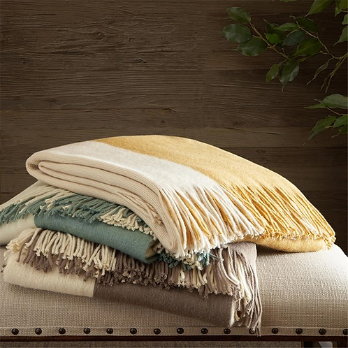 INK + IVY Stockholm Throw Taupe