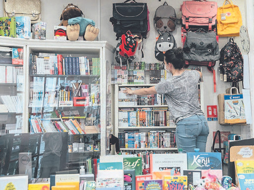 France gave teenagers $350 for culture. They're buying comic books.