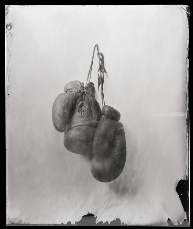 gloves (1).jpg