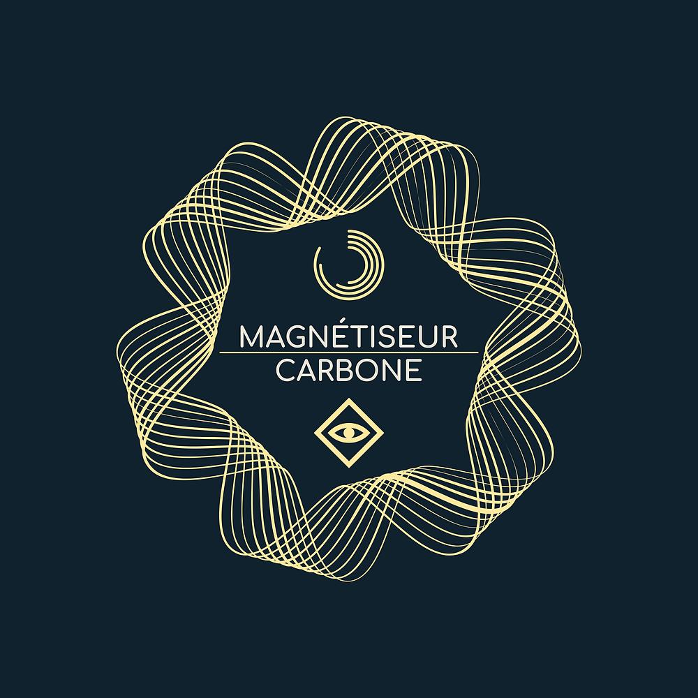 Sur un fond noir, nous pouvons voir les différents symboles qui représentent l'énergie du magnétisme, que le magnétiseur ou guérisseur utilise pour magnétiser.
